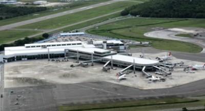 O aeroporto de Salvador responde por mais de 30% da movimentação de passageiros do Nordeste (Foto: Divulgação/Infraero)