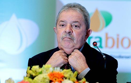 Lula fica irritado por Dilma ter consultado FHC