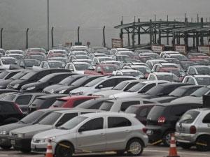 Em agosto, 305.221 veículos novos foram comercializados (Marcelo Camargo/Arquivo/Agência Brasil(Foto: Agência Brasil)