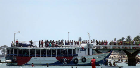 Retorno da Ilha deixa travessia de Mar Grande com movimento intenso nesta manhã