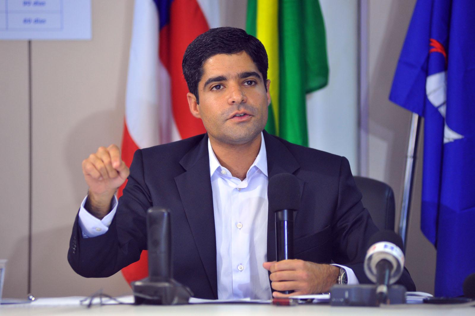 Se Justiça brecar aumento do IPTU, ACM Neto pode ser candidato a governador