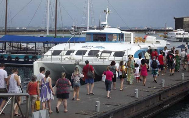 O embarque na linha de catamarã para o Morro de São Paulo será normal, hoje, no Terminal Náutico. (Foto: Astramab/Divulgação).