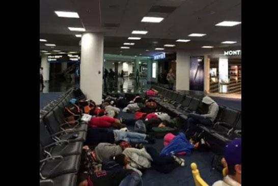 Passageiros estão há mais de 24 no Aeroporto de Miami (Foto: Bianca AlmeidaValladares/Arquivo pessoal/Reprodução)