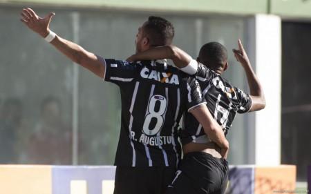Timão vence mais uma e segue líder isolado do Brasileiro (Foto: Foto: Site Oficial do Corinthians)