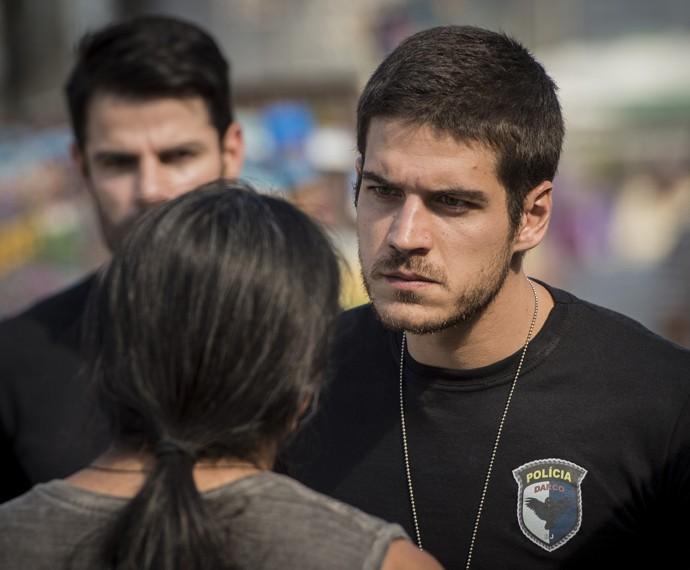 Dante (Marco Pigossi) é um policial dedicado e vai correr atrás para fazer justiça (Foto: João Miguel Júnior/ Globo)