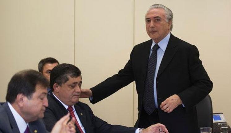 Segundo Temer, a presidente Dilma Rousseff pediu que ele ficasse na articulação (Foto: Agência Brasil)