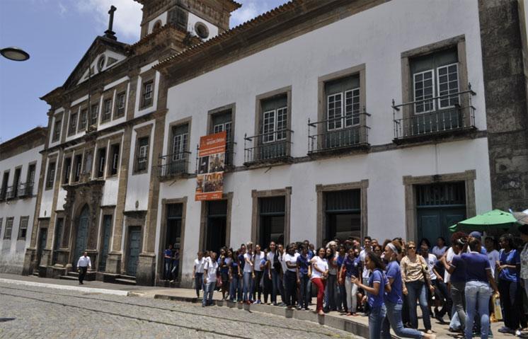 O ponto principal do tour  foi a visita ao Museu da Misericórdia, instalado em um prédio antigo erguido no século 17 e tombado em 1938.