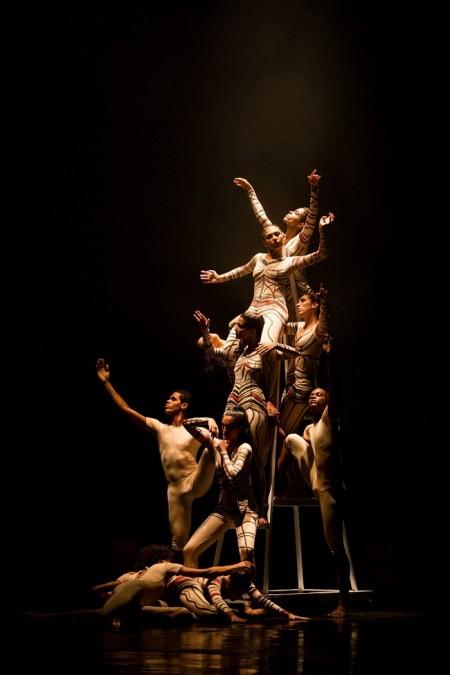 """A apresentação também recebe as bailarinas Ana Botafogo e Lori Belilove, nos solos """"Isadora"""" e """"Revolucionária"""" (Foto: João Milet Meirelles)"""