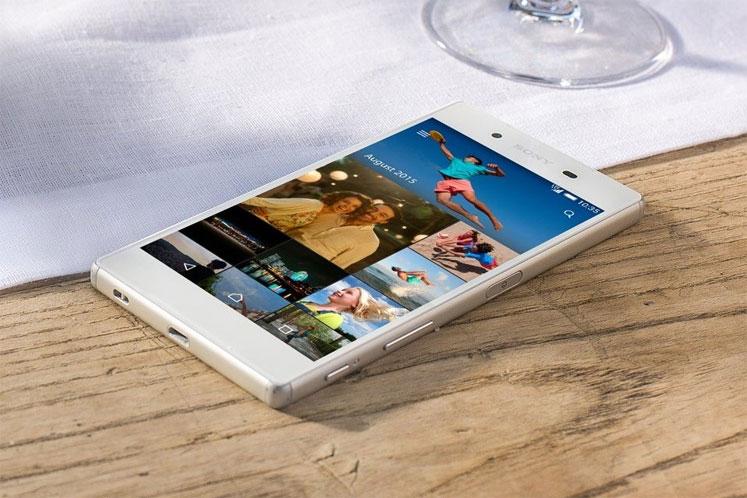 Por dentro, o Z5 conta com chip Qualcomm Snapdragon 810 (octa-core e com clock de 2 GHz). (Foto: Divulgação)