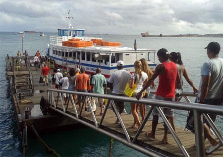 Embarque na travessia Salvador-Mar Grande no Terminal Náutico (Foto: Astramab/Divulgação)