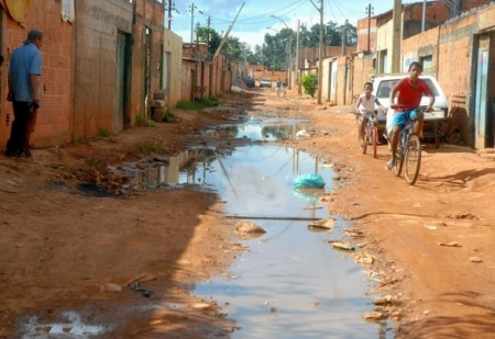 Estudo da CNI diz que meta de universalização do saneamento básico não será cumprida antes de 2054 (Foto: Agência Brasil)