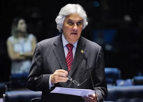 O senador Delcídio do Amaral foi preso no dia 25 de novembro do ano e solto dia 18 de fevereiro