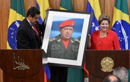 Planalto pensou em suspender direitos, como Chavez fez na Venezuela. (Foto: EBC)