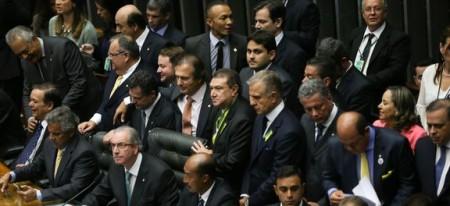 Em 48 horas, o Senado tem que eleger presidente e relator, mas como dia 21 de abril é feriado, isso poderá ocorrer somente na segunda -feira (25). (Foto: Agência Brasil)