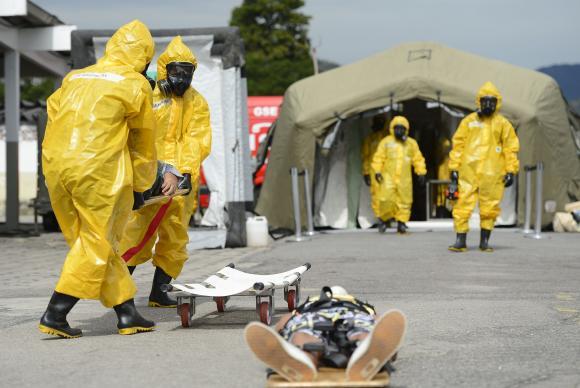 O objetivo do Ministério da Defesa é testar protocolos que poderão ser utilizados no caso de contaminação química, biológica, radiológica ou nuclear durante os Jogos Olímpicos e Paralímpicos Rio 2016 (Tânia Rêgo/Agência Brasil)