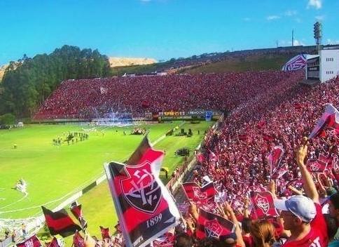 Mootivada com o sucesso do time fora de casa (cinco vitórias consecutivas) torcida do Vitória promete lotar o Barradão.