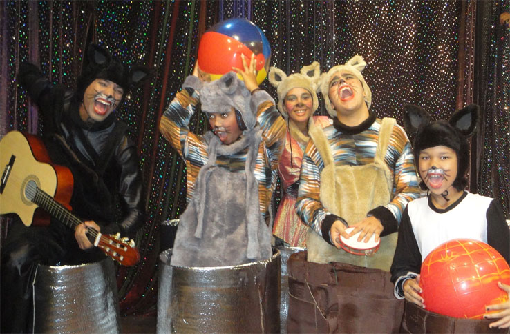 Espetáculos infantis no palco Ciranda Café agitam fim de semana