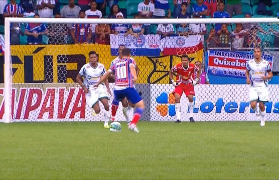 Com o triunfo, o Bahia chegou a 24 pontos, saltou duas posições e agora ocupa a 8ª posição, a cinco pontos do Atlético-GO, clube que abre o G-4.