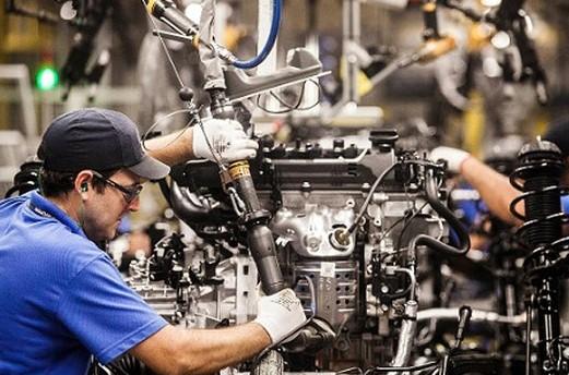 IBGE mostra que produção da indústria baiana tem forte queda em março