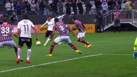 Vitória por 1 a 0 garantiu a classificação corintiana após o empate por 1 a 1 no Rio de Janeiro. (Foto: Imagem TV/Reprodução)