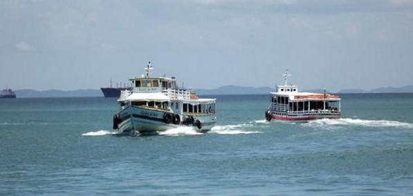 A travessia está com  oito embarcações em tráfego neste sábado (Foto: Astramab/Divulgação)