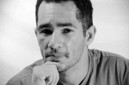 Livro de  Anderson Fonseca reúne nove contos com narrativas de histórias que misturam ficção e fantasia.