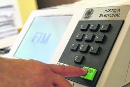 A votação do segundo turno está  marcada para 30 de outubro em 56 municípios.
