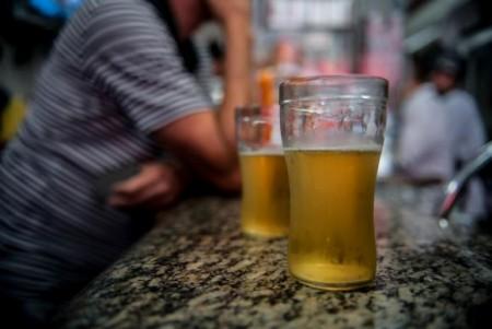 Entre junho de 2014 e dezembro de 2015, 42,9% das vítimas de acidentes fatais de trânsito na cidade de São Paulo  haviam ingerido álcool (Foto: Marcelo Camargo/Agência Brasil)