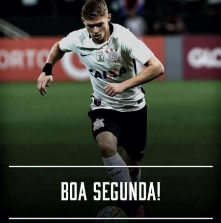 A gozação do Corinthians no Twitter