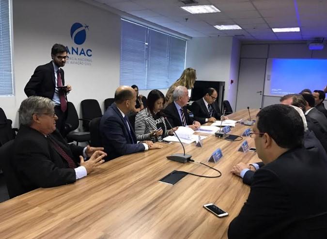 A assinatura do Termo de Compromisso correu na sede da Anac. (Foto: Divulgação)
