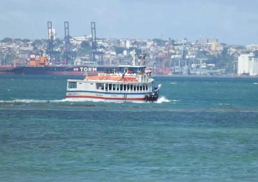 Embarcações registram fluxo tranquilo e estão saindo de meia em meia hora dos terminais. (Foto: Astramab/Divulgação)