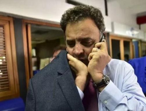 O STF  determinou  que Aécio não pode se ausentar de casa à noite, deve entregar seu passaporte e não pode se comunicar com outros investigados no mesmo caso, entre eles sua irmã Andréa Neves.(Foto: Reprodução)