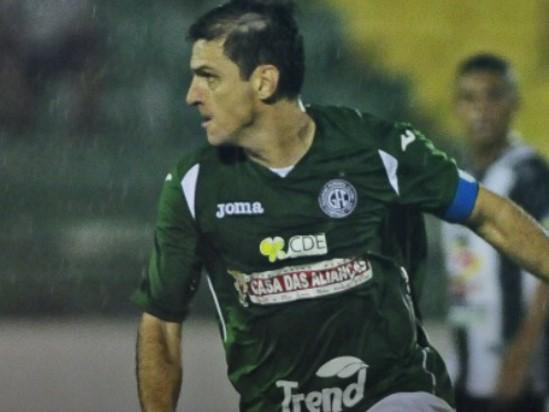 O Guarani  de Fumagali mantém viva a 'mini meta' estipulada por Vadão de somar 10 pontos a cada seis jogos.