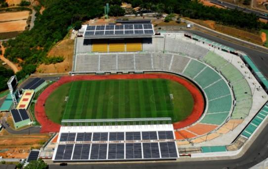 Estádio de Pituaçu - Em 2012, a Bahia passou a contar com o primeiro estádio da América Latina.