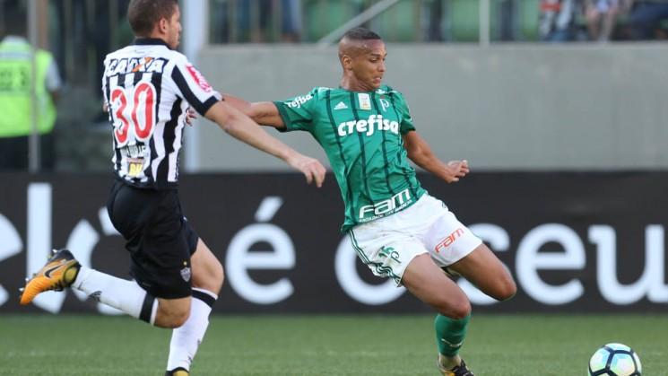 O Palmeiras foi heróico no Independência e segurou empate com o Galo, mesmo com dois jogadores a menos (Foto: Cesar Grecco/Ag. Palmeiras/Divulgação)