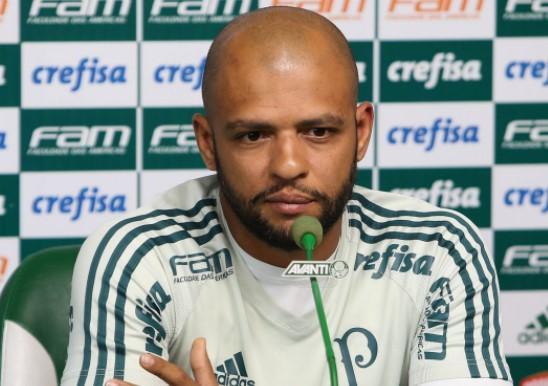 Felipe Melo na coletiva aos jornalistas nesta segunda-feira. (Foto: Cesar Rimoli/Ag. Palmeiras)