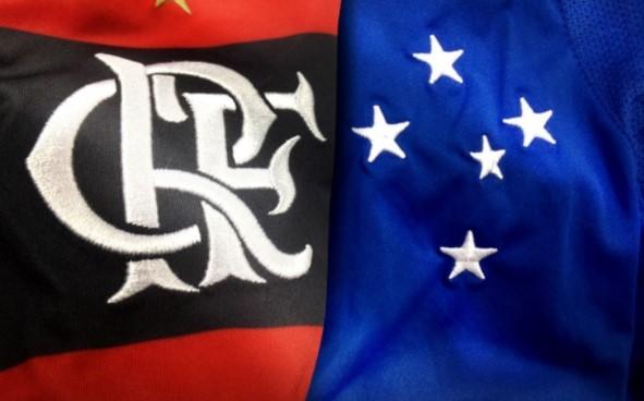 Os técnicos Reinaldo Rueda, do Flamengo, e Mano Menezes, do Cruzeiro, só vão confirmar as equipes poucos antes do início do jogo, às 21h45.