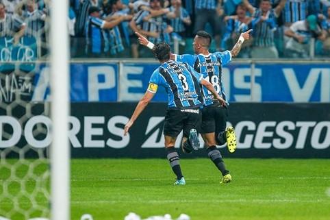 Barrios comemora gol que marcou e que garantiu a classificação do Grêmio. (Foto: Grêmio/Divulgação)