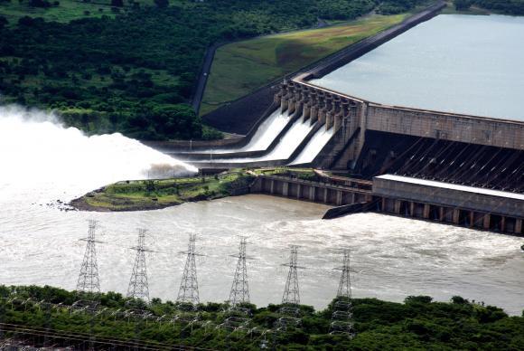 A hidrelétrica de São Simão, em Goiás e Minas Gerais, foi arrematada pelo grupo chinês Spic Pacif Energy PTY por R$ 7,18 bilhões (Divulgação - Cemig)