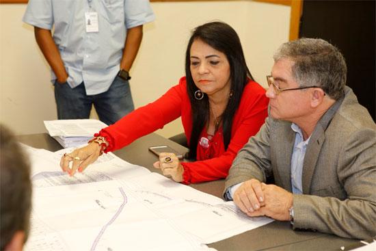 Moema Gramacho diz que a pavimentação dará mais qualidade ao tráfego na via