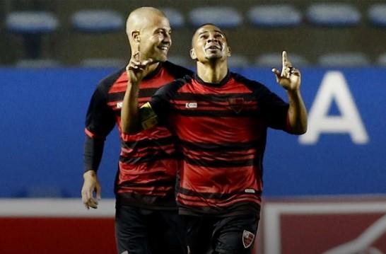 O Oeste ficou na sétima colocação na tabela, com 41 pontos, contra 45 do Vila Nova, quarto colocado. (Foto: FPF/Oeste/Divulgação)