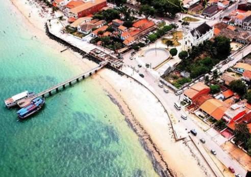 A praia de Mar Grande, na Ilha de Itaparica, foi apontada pelo Inema como imprópria para banho neste final de semana.