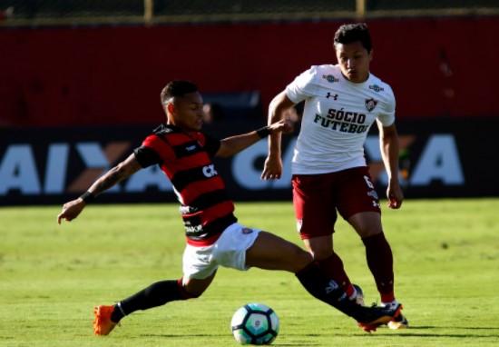 Com o reusltado, o Vitória voltou para a zona de rebaixamento. Foto: Fluminense/Divulgação)