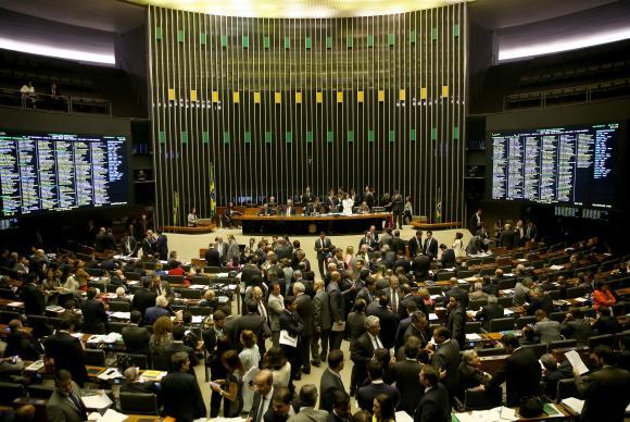 A reforma política foi aprovada esta semana para que algumas regras passem a valer em 2018 (Foto: Wilson Dias/Agência Brasil)