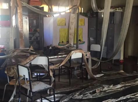 Creche ficou destruída após o ataque em Janaúba (Foto: Natália Jael/Inter TV Grande Minas/Reprodução)