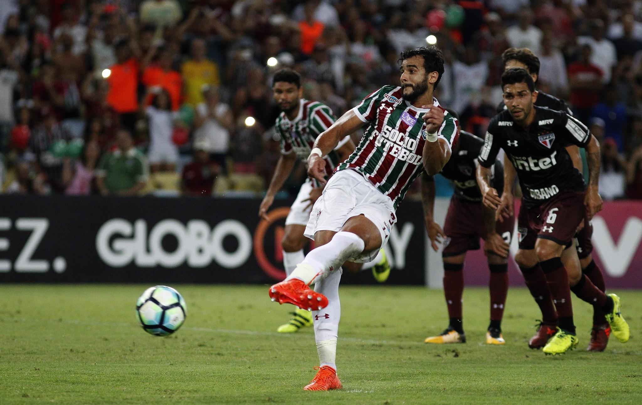Henrique Dourado chegou ao 16º gol no Brasileiro. (Foto: Fluminense/Divulgação)