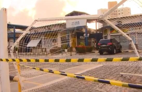 Depois da ação criminosa, a direção do shopping decidiu não abrir o centro comercial hoje.