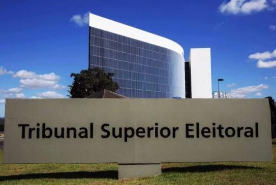 Um candidato avulso a presidente participaria do rateio de R$ 34 milhões (2% do fundão) previstos na lei.