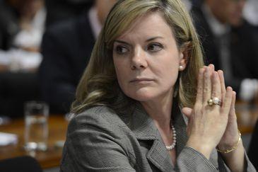 Senador vai ao Conselho de Ética contra Gleisi por vídeo em TV árabe