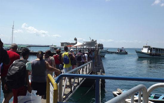 Travessia Salvador-Mar Grande tem   fluxo tranquilo e embarque  imediato